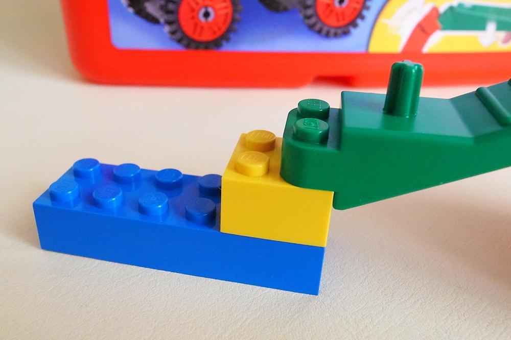 3~4才に最適♪ レゴ (LEGO) 基本セット 赤いバケツ 7616 ブロックはずし