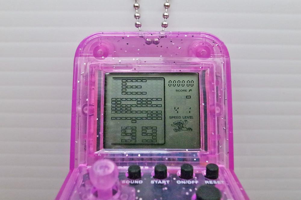 ガチャガチャ Capsule toys 電子ゲーム 300円
